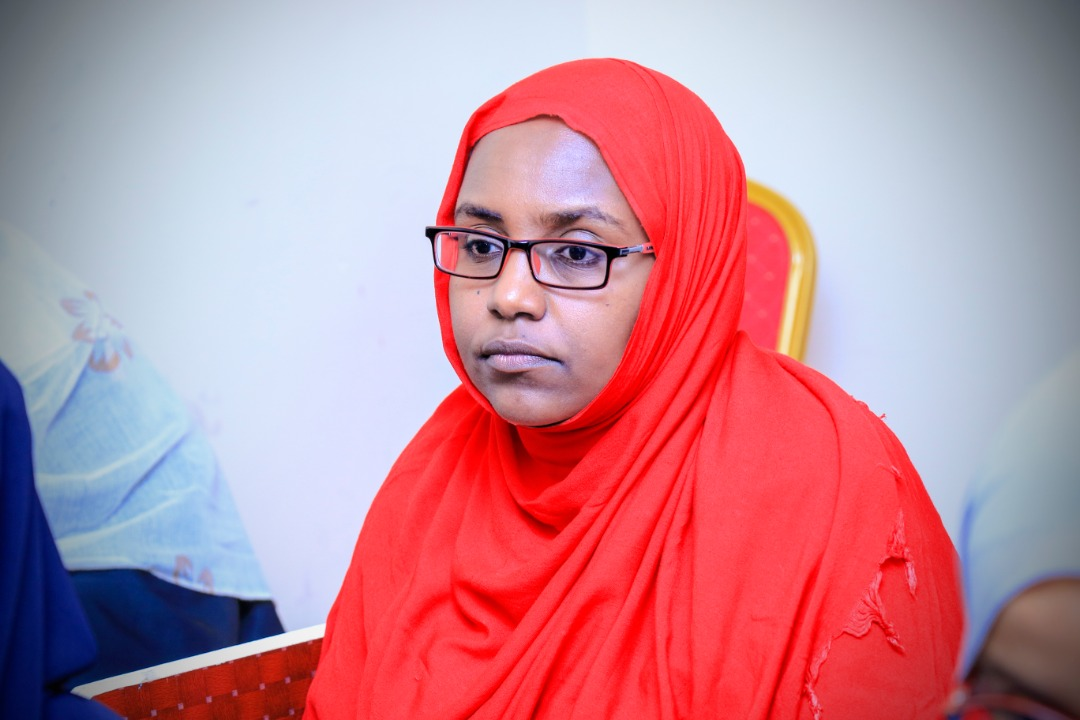 A student keenly listening to questions from the panelists, at Amoud University School of Postgraduate Studies and Research (ASPGSR), during the Research Proposal Viva Voce conducted On Thursday, January 23rd, 2020 at Amoud University School of Postgraduate Studies and Research (ASPGSR), Hargeisa Campus